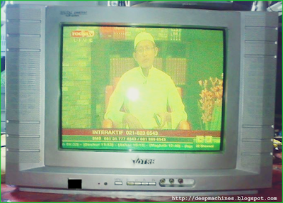 """Perbaikan Kerusakan TV Votre 14"""" Gambar Terlipat / Tidak Sinkron selesai perbaikan"""