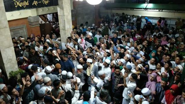 Masya Allah... Sempat Ditentang di Bali, Begini Seruan Damai Ustadz Abdul Somad