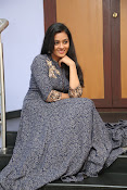 gayathri latest sizzling pics-thumbnail-15