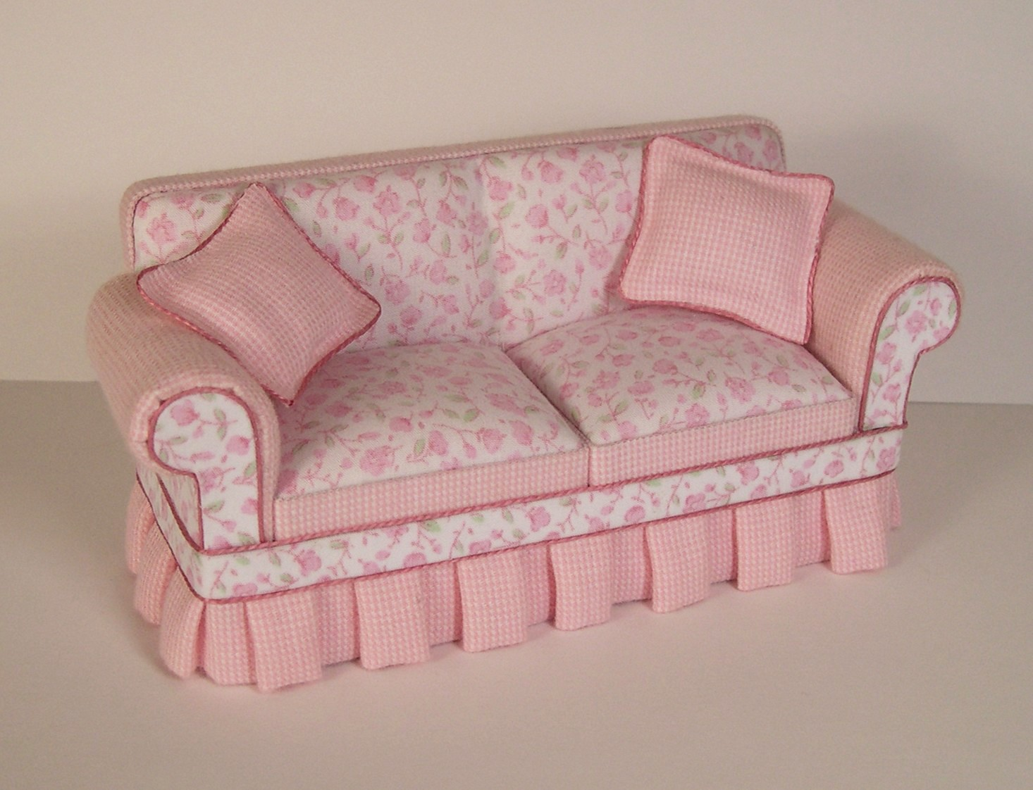 pink sofa furniture grey on wooden floor dollhouse addiction