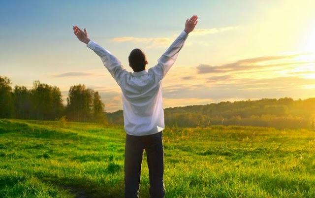 Hindari 7 Hal Ini Jika Ingin Hidup Kamu Lebih Bahagia lagi.
