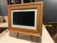 Digital Photo Frame Easel