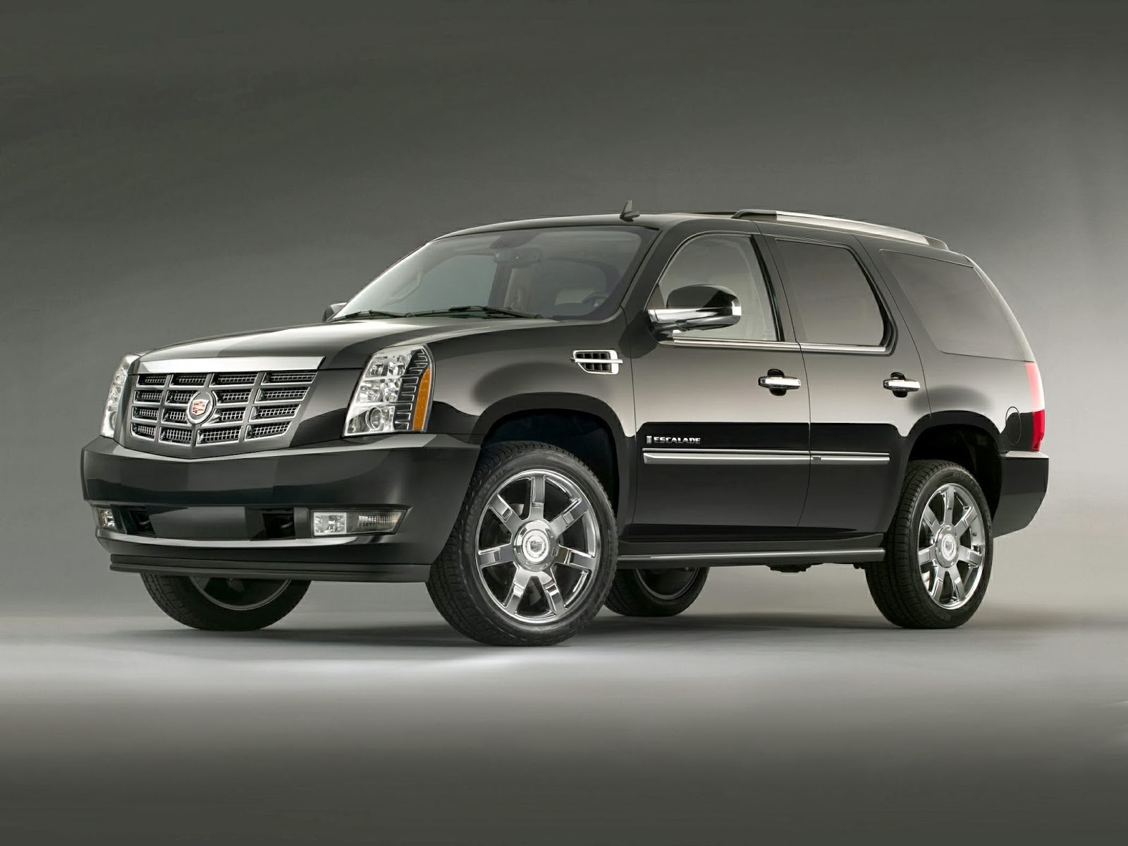 Luxury Suv: 2015 Cadillac Escalade - Luxury SUV And Price