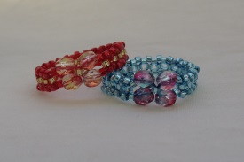 bow ring from seed beads