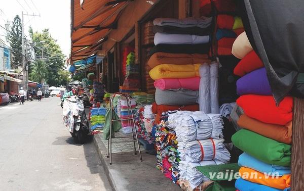 3 chợ vải tấp nập nhất Sài thành không đến một lần hơi phí