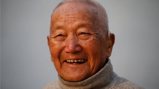Mount Everest: Min Bahadur Sherchan dies attempting record