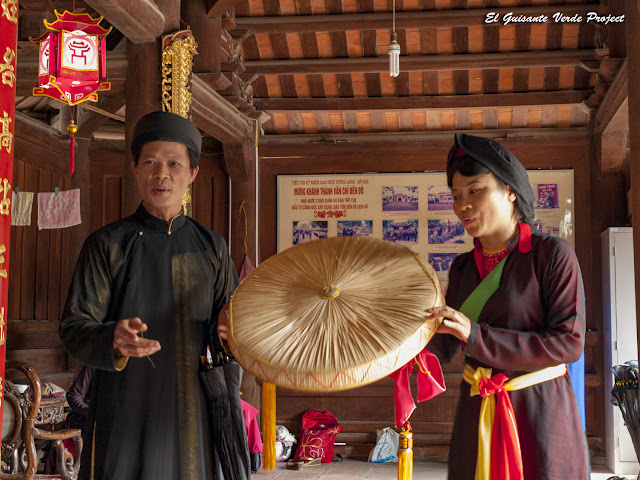Pareja de cantantes de Quan Ho - Vietnam por El Guisante Verde Project
