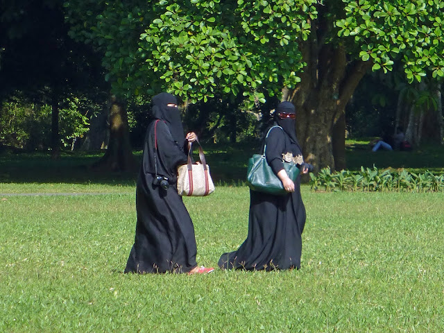 Why Sri Lanka Bans Burqa ( Specially it bans Face Covering) ?