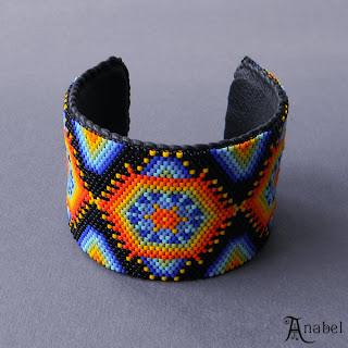 купить авторский браслет из бисера в индейском стиле яркие украшения ручной работы