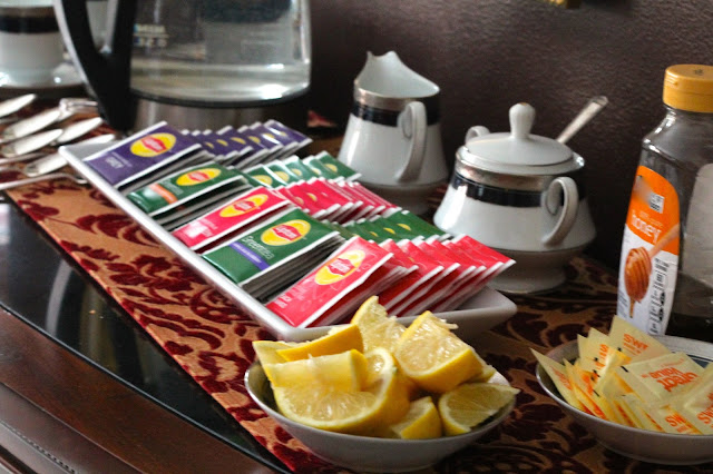 how to host an afternoon tea party with Lipton Teas