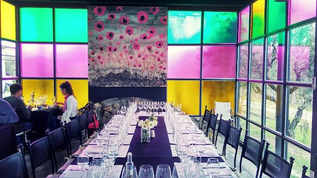 Sala de almoço na vinícola El Enemigo, em Mendoza, Argentina.