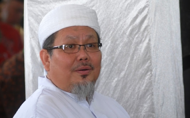 Tanggapan Ustaz Tengku Zulkarnain soal Cuitan Aksara Mandarin Dipolisikan
