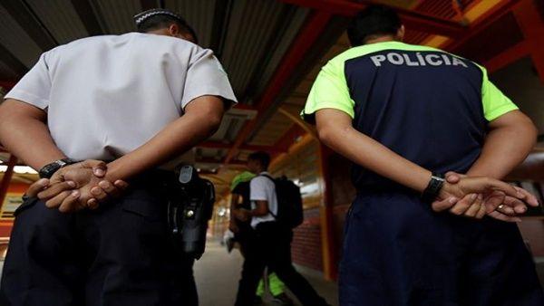 Gobierno brasileño promueve presencia de policías en escuelas