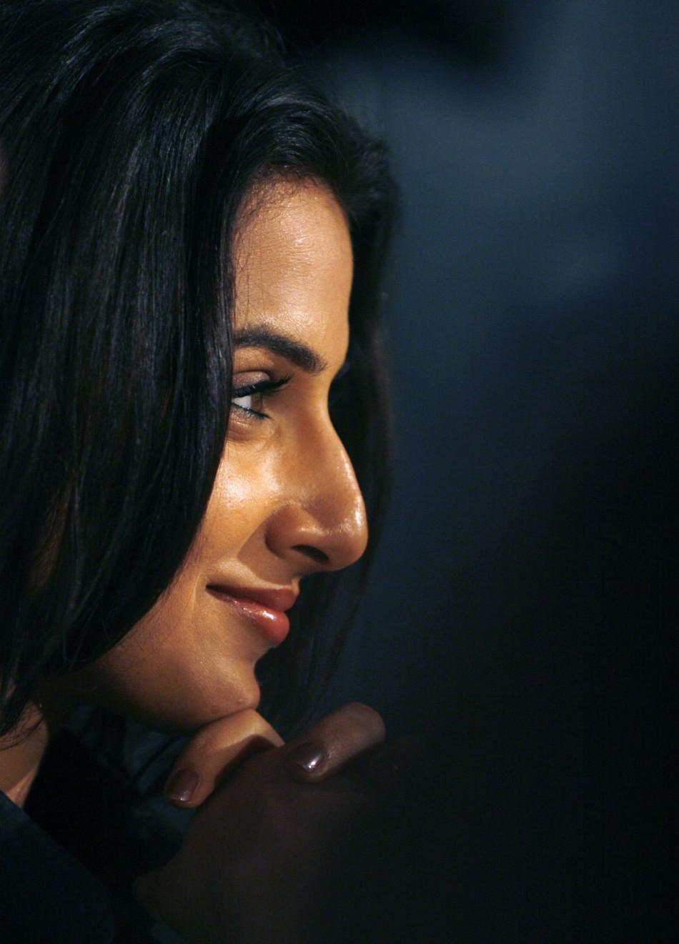 Sexy Images Of Vidhya Balan