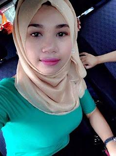 Cewek Jilbab Toket Besar