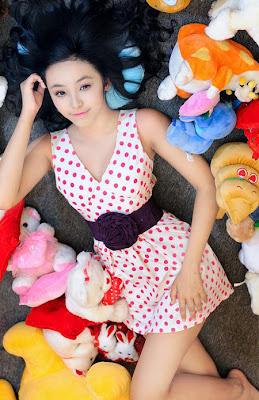 http://2.bp.blogspot.com/-dfabopy_JZE/UMTZiOLgV0I/AAAAAAAAAsA/Qrd6NwF0stw/s1600/hoang-bao-tran-le-068.jpg
