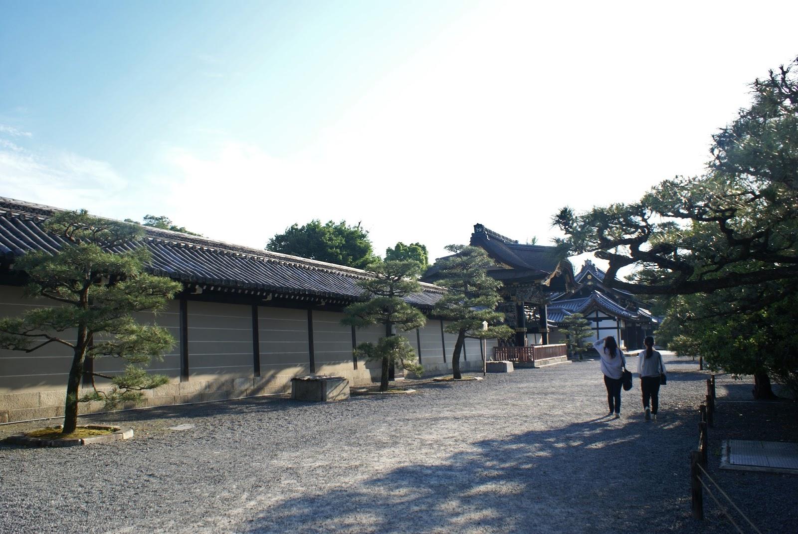 nishi hongan-ji buddhist temple kyoto japan japon asia