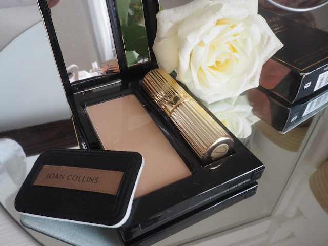 Joan Collins Compact Duo