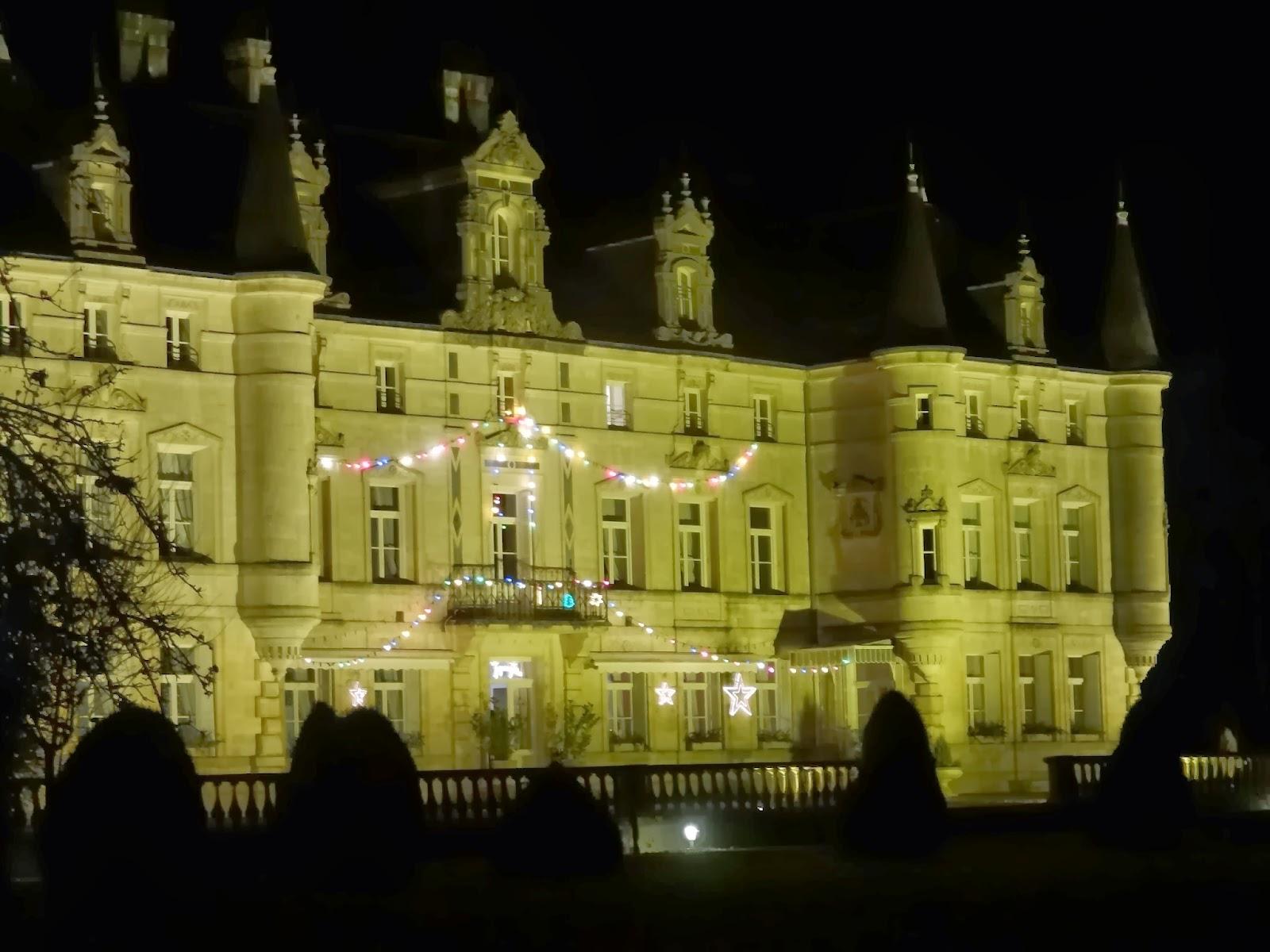 Résultats de recherche d'images pour «chateau des monthairons retaurant pinterest»