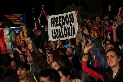 Más de 540 empresas abandonan Cataluña tras referendo