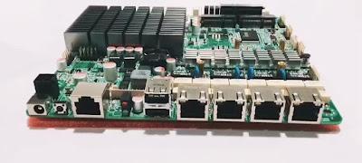 NIC (Network Interface Card) adalah sebuah perangkat yang berfungsi sebagai penghubung komputer dengan jaringan LAN. Kartu ini sangat berperan penting bagi komputer. Adapun fungsi lain dari NIC adalah membuat perangkat bisa terhubung dengan jaringan melalui kabel.