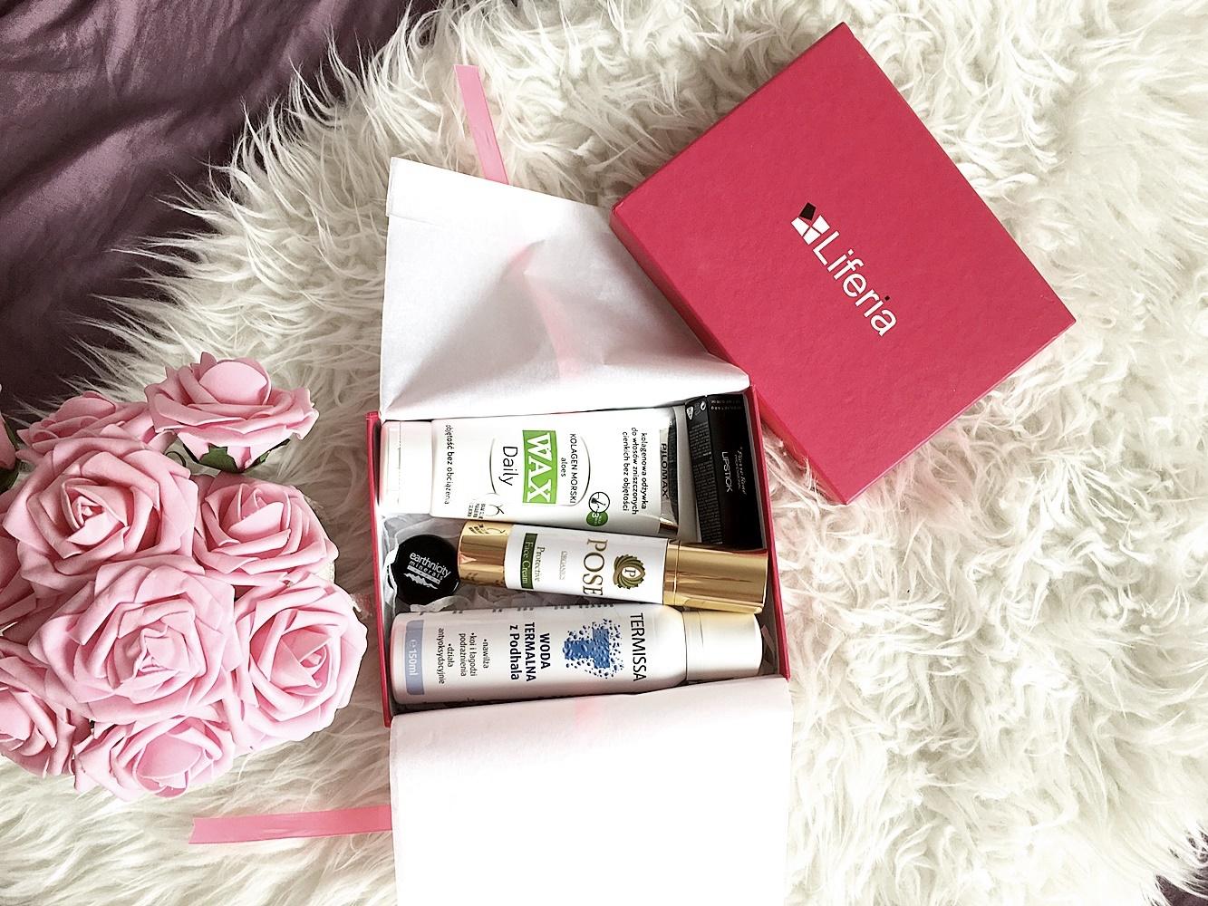 Liferia Love | Romantyczna odsłona pudełka pełnego kosmetyków | Kod rabatowy