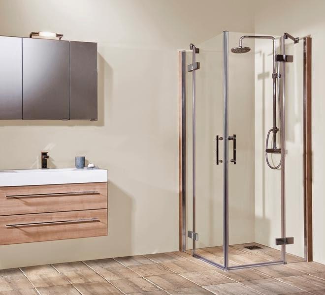 bien vivre senior la douche de plain pied quipement moderne et tendance. Black Bedroom Furniture Sets. Home Design Ideas