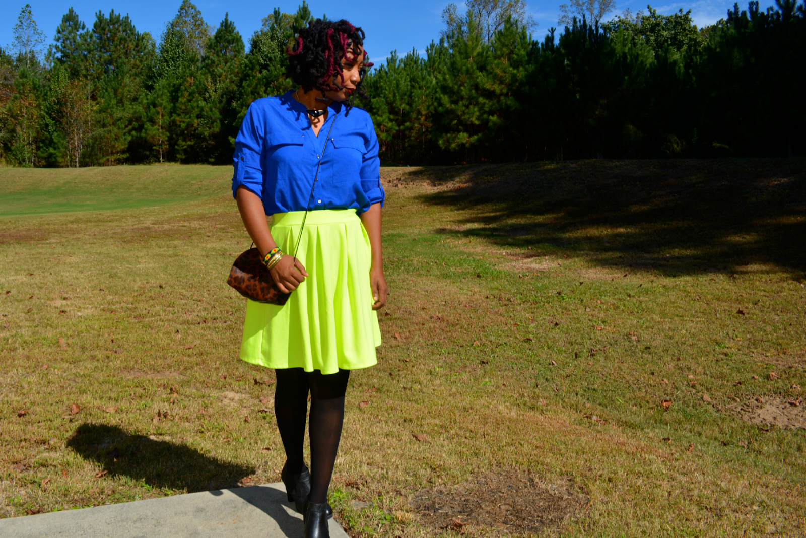how to wear a neon green skirt