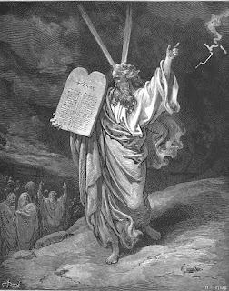 Moisés desciende con la Ley del monte Sinaí. Grabado de Gustave Doré, 1866.