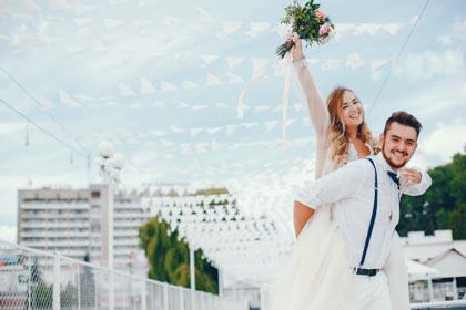 Pernikahan merupakan sebuah momen sakral nan membahagiakan bagi setiap pasangan 7 Ide Souvenir Pernikahan Murah, Unik, dan Berkesan