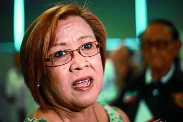 De Lima 'alarmed' by Duterte pronouncements, calls for vigilance