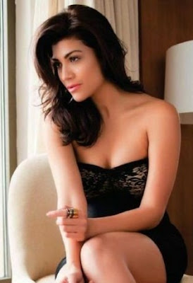 Archana Vijaya Hot Photo Gallery