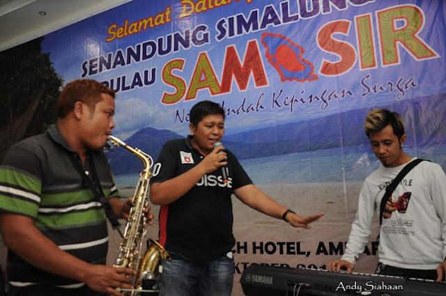 penyanyi simalungun