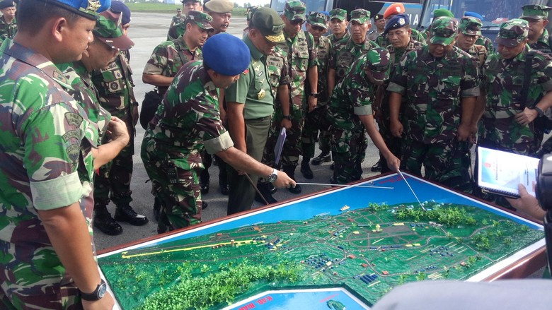 Panglima TNI Kunjungan Kerja ke Irian Jaya