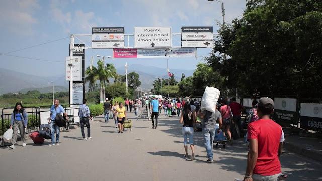 Centro de tensión en crisis política en Venezuela: Ayuda humanitaria