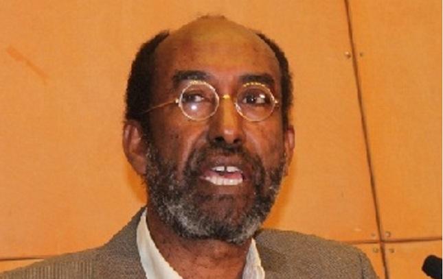 DAAWO: Prof: Cabdi Ismaaciil Samatar oo Sharaxay Khayraadka ku Jira Badda Somalia & Waxa Damaca geliyey Kenya