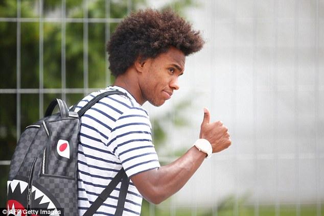 Neymar cúi gằm mặt, Coutinho nhăn nhó, lầm lũi rời Nga 7