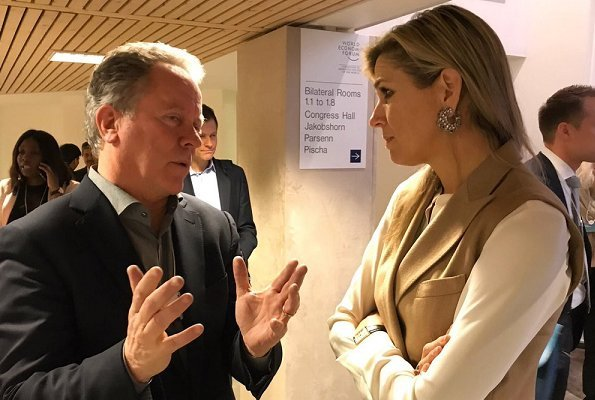 King Willem-Alexander, Queen Maxima, King Philippe, Queen Mathilde, King Abdullah II, Queen Rania, Crown Prince Haakon, Crown Princess Mette-Marit