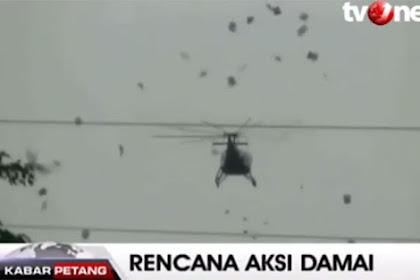 Sebarkan Maklumat Dengan Helikopter, Netizen: Kok Mirip Inggris Menebar Pamflet di Surabaya Tahun 45?