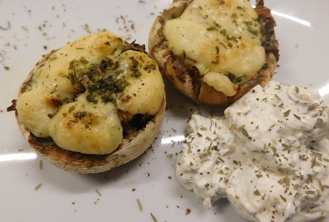 Gefülle Champignons, Gefüllte Pilze, Rezept Gefüllte Champignons Käse Kräuter