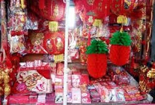 Jelang Perayaan Tahun Baru Imlek, Pasar Lama Tangerang Tampak Meriah