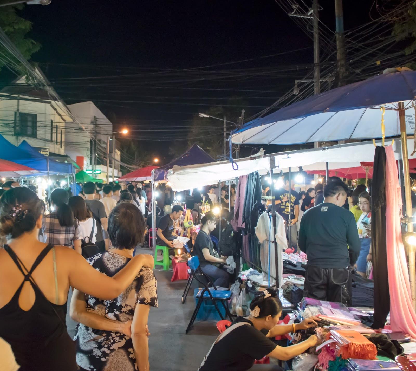Chiang Mai Sunday Street Market | Styling My Life