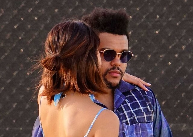 2017年4月15日 年に一度、3日間(金曜~日曜日)にわたってのビッグイベント「コーチェラ・フェスティバル」に、仲睦まじいセレーナ・ゴメス(Selena Gomez)と恋人ザ・ウィークエンド(The Weeknd)をキャッチ。 ~海外セレブファッション情報~