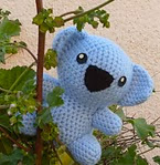 http://www.ravelry.com/patterns/library/koala-9