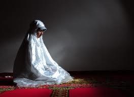 muslimah shalat malam