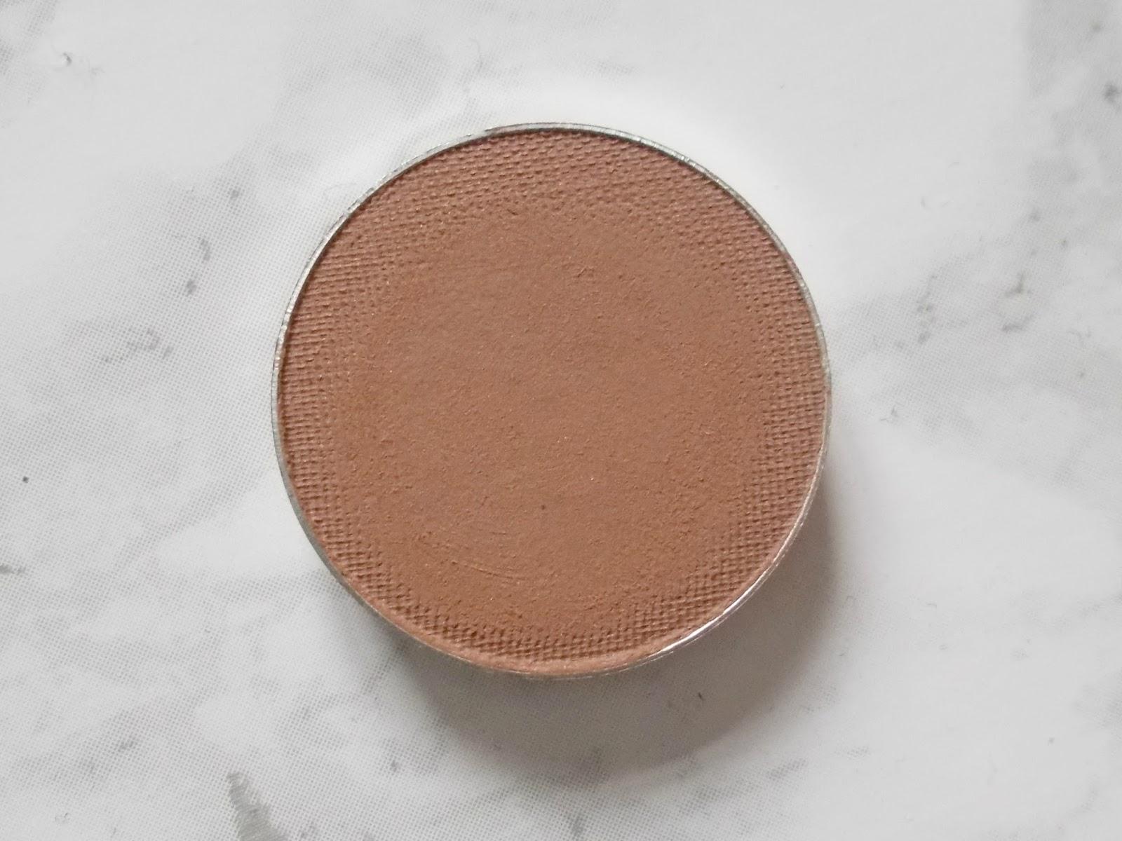 makeup geek latte eyeshadow pan