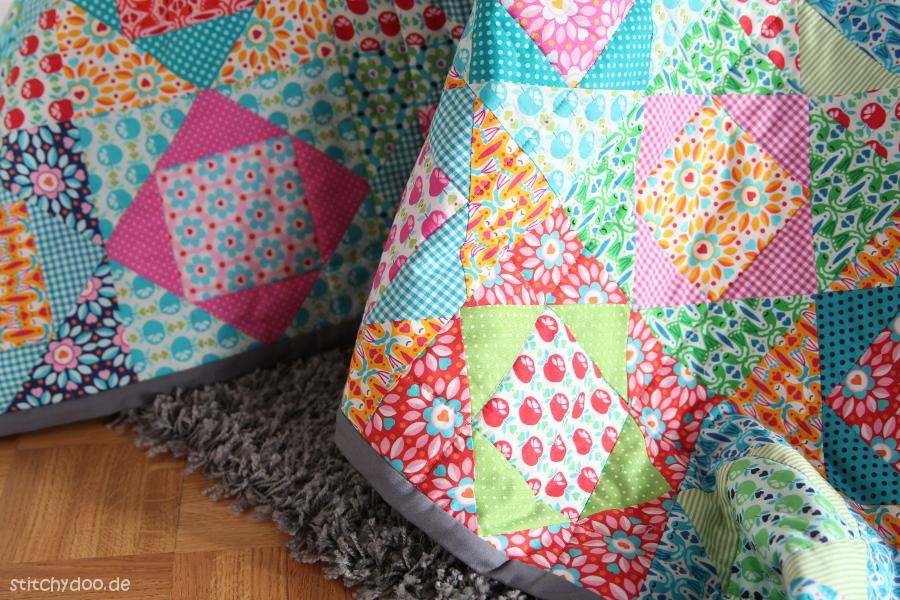 stitchydoo economy block quilt eine kunterbunte. Black Bedroom Furniture Sets. Home Design Ideas