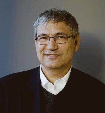 Orhan Pamuk seorang sastrawan pembela kemanusiaan