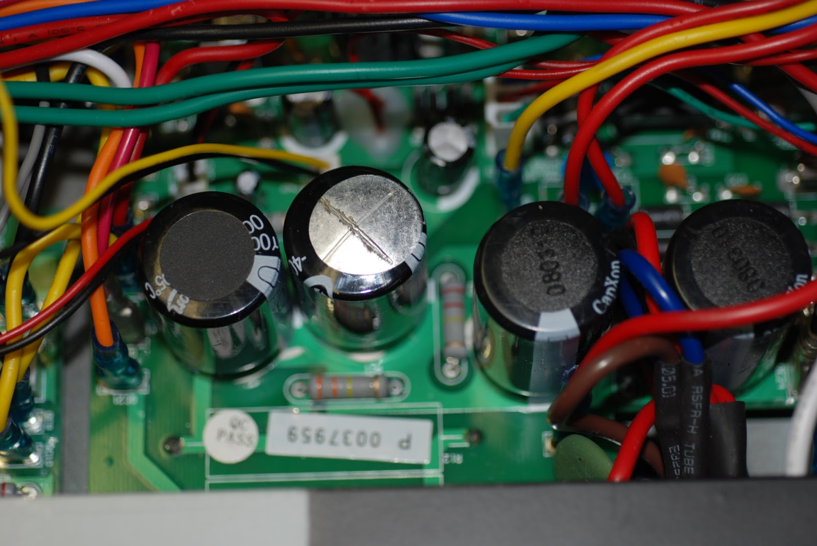 small resolution of the mass of wire on top of the ps board more