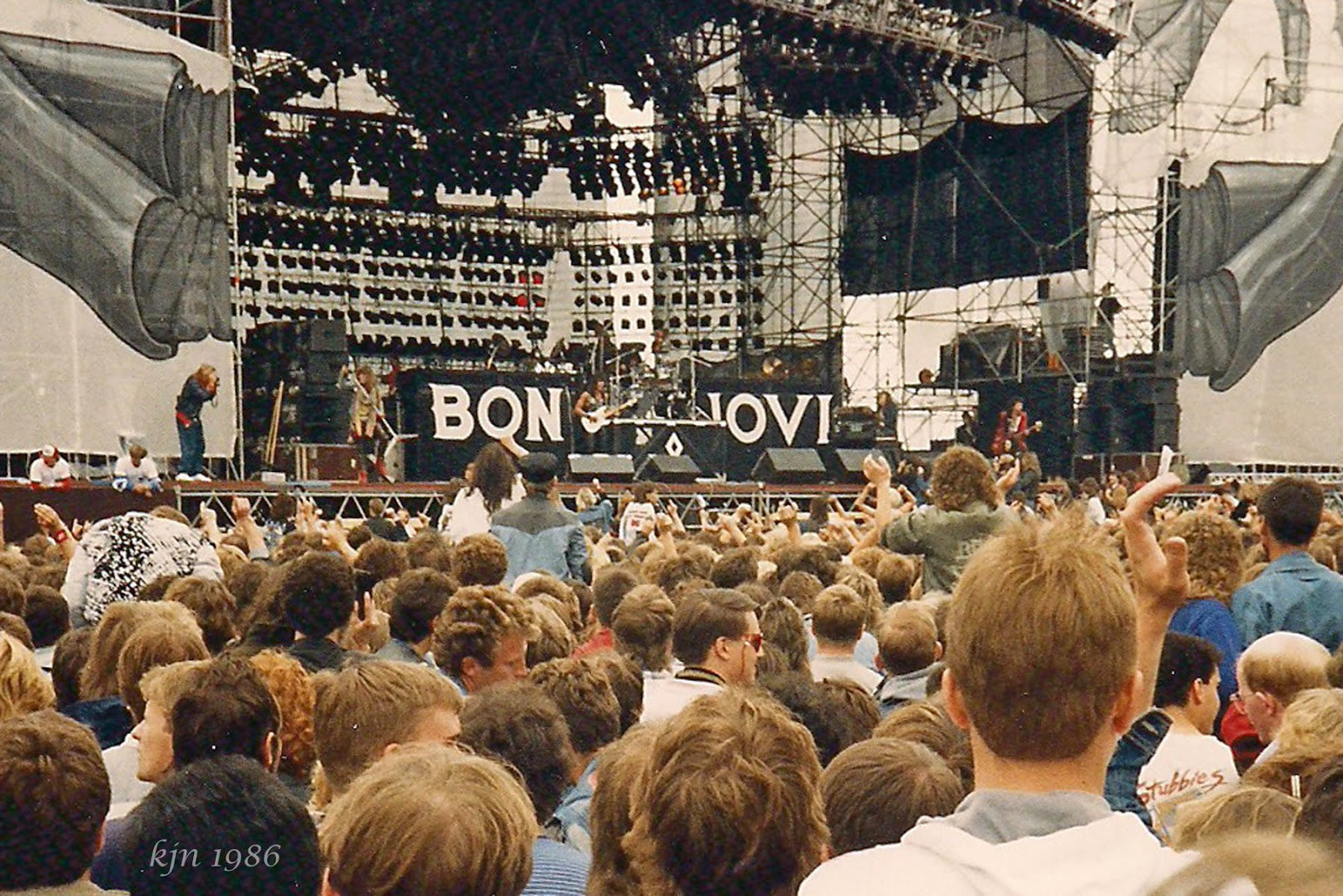 Bevorzugt The Outskirts of Suburbia: Monsters of Rock 1986 HE59